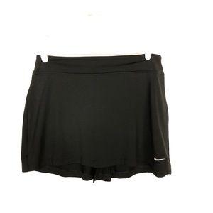 Nike black golf skirt